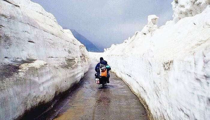 Visit Rohtang Pass :: Things To Do In Manali